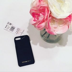 NWT Michael KORS Saffiano Leather IPhone 7/8 Case